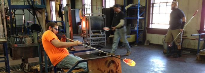 Simon Pearce | Glass Blower | Watch it Being Made in Windsor and Quechee Vermont
