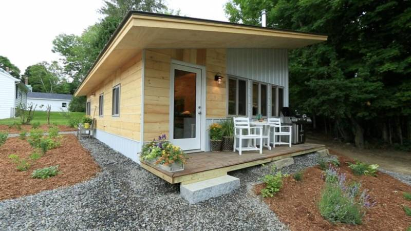 tiny-house-landscaping
