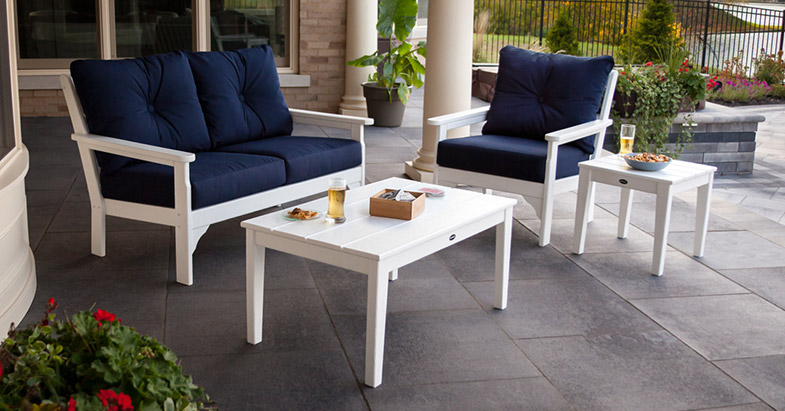Vineyard 4-Piece Deep Seating Set in White/Navy by POLYWOOD