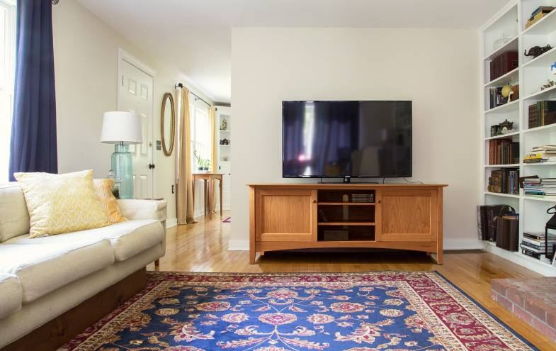 Presidents' Day Furniture Sale | 20% off TV & Media Stands | Free Shipping & Set Up