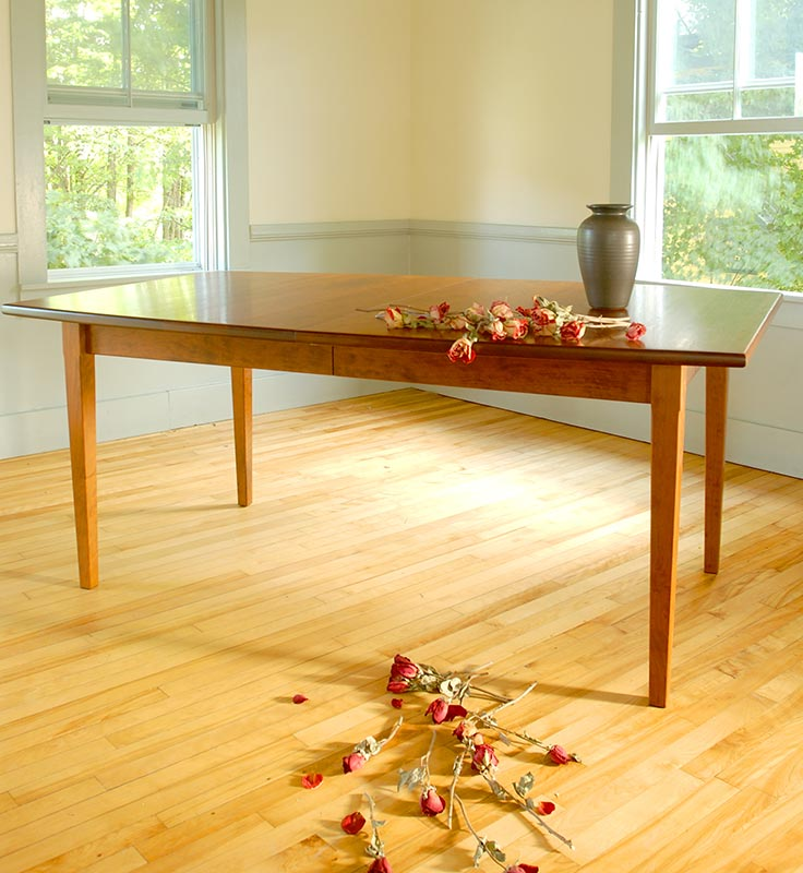 Vermont Shaker Dining Table | Vermont Woods Studios | Dining Tables Clearance Sale