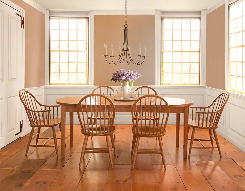 Vermont Shaker Oval Extension Dining Table | Vermont Woods Studios