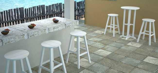 Traditional Outdoor Stools