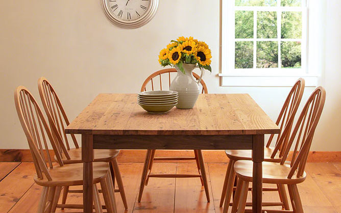 Reclaimed Chesnut Wood Dining Table