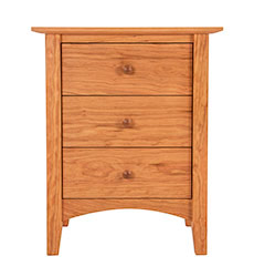 American Shaker 3-Drawer Nightstand