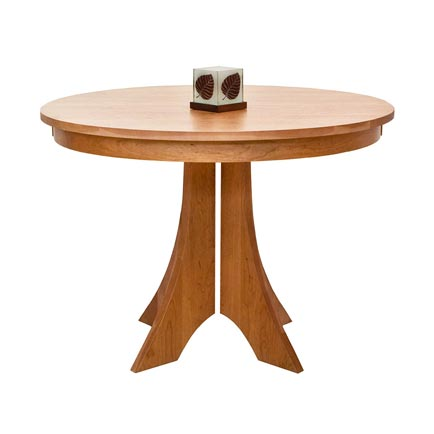 Hampton Round Pedestal Table