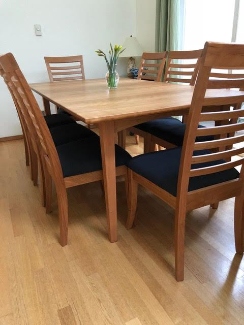 Cherry Dining Table & Chairs Set