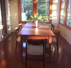 Classic-Shaker-Dining-Table