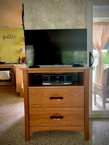 Berkeley 2 Drawer Chest with TV Organizer | Customer Review | Vermont Woods Studios